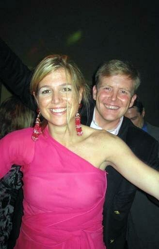 Prince Willem-Alexander and Princess Maxima cutting it up on the dance floor. Funny.