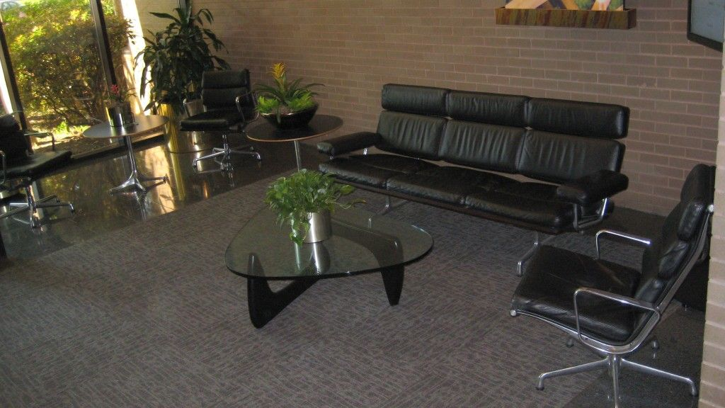 Eames Sofa Soft Pad Chairs With Noguchi Table Servicemaster Memphis Tn Image Apg Office Furnishings Eameschair Hermanmiller
