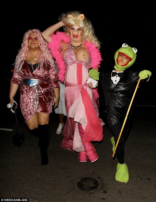 actor colton haynes who stepped out for a halloween party in hollywood in full miss piggy - Halloween Parties In Hollywood
