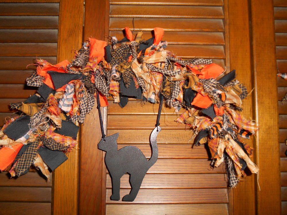 Country Shabby HALLOWEEN RAG GARLAND ARCH Witch metal ornament Homespun Prim