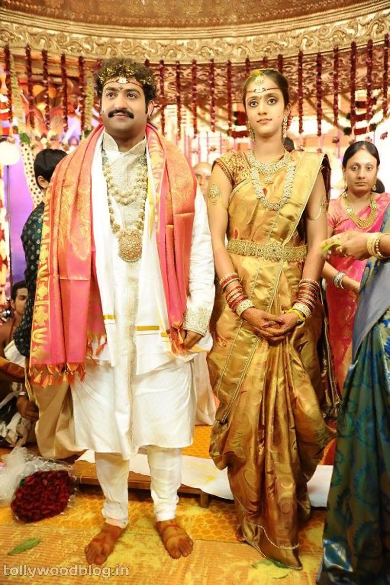 Jr Ntr Pranathi Marriage Photos 19 Telugu Movie Still Pic Photo Image Hot Actress Masala Heroine Marriage Photos South Indian Bride South Indian Weddings