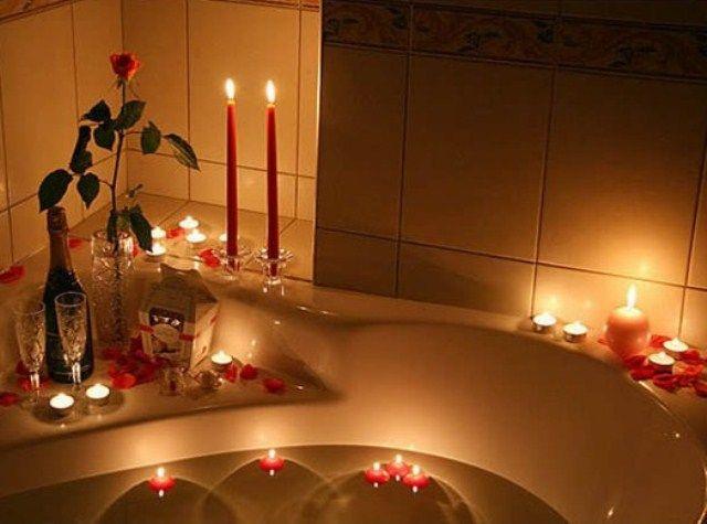 Valentineu0027s Day Bathroom Décor Ideas