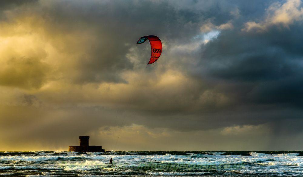 Wind n Waves by Lightpimp - akadodjer