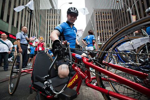 Wounded Veterans Pedal Through Manhattan in Wounded Warrior Project's Solider Ride