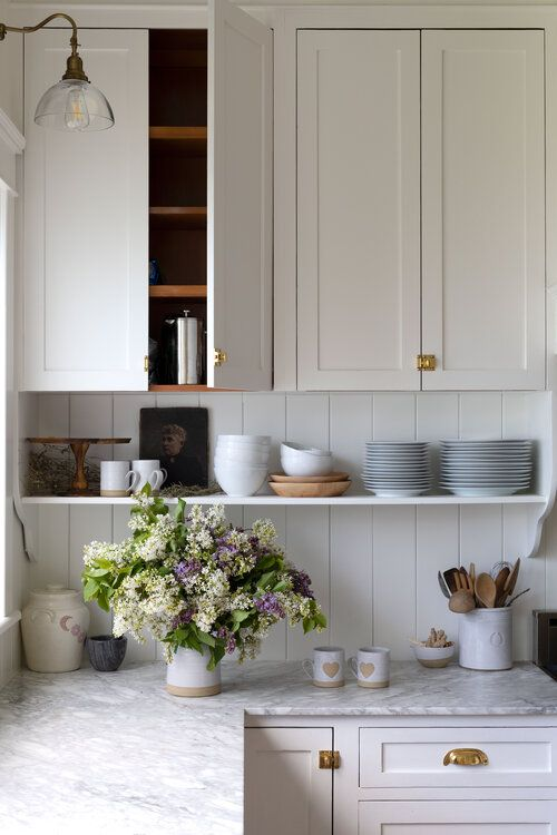 5 Kitchens Where Shaker Pegs Stole the Show (+ Other Spots to Put These Classic Pegs!) — The Grit and Polish
