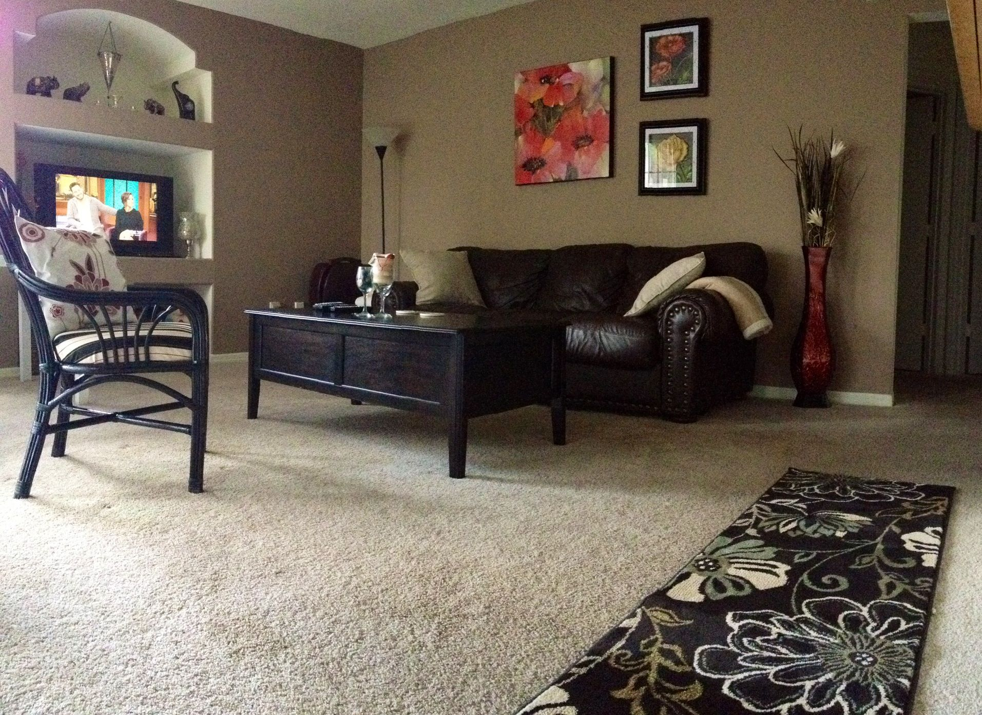die besten 25 erste wohnung dekorieren ideen auf pinterest erste eigene wohnung checkliste. Black Bedroom Furniture Sets. Home Design Ideas