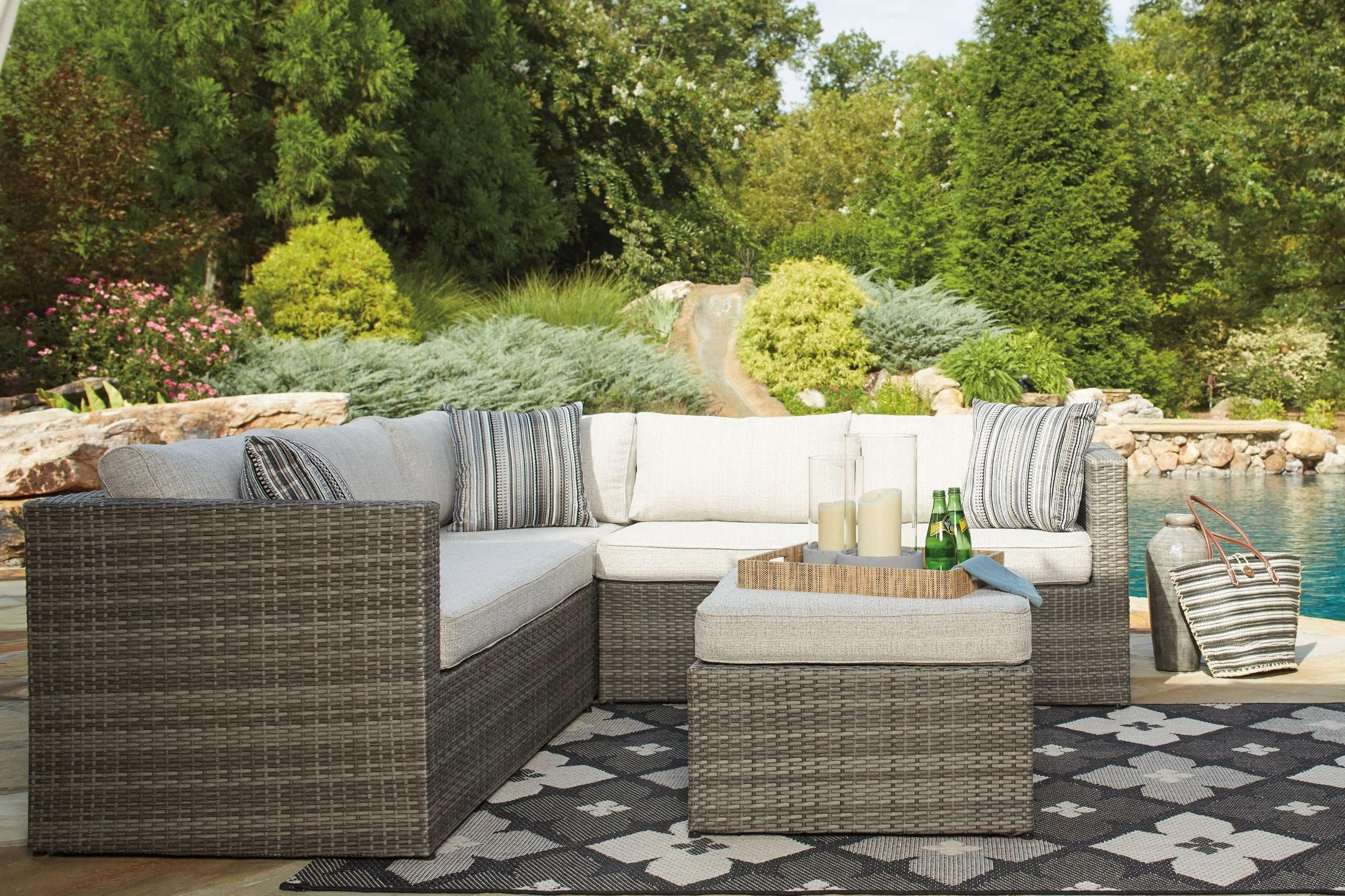 Peckham Park 9320 Ashley Furniture Outdoor Patio Sectional Sofa