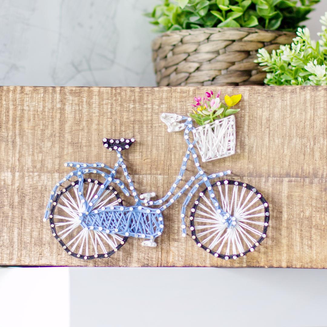 DIY Deko: Fahrrad-Fadenbild / String-Art
