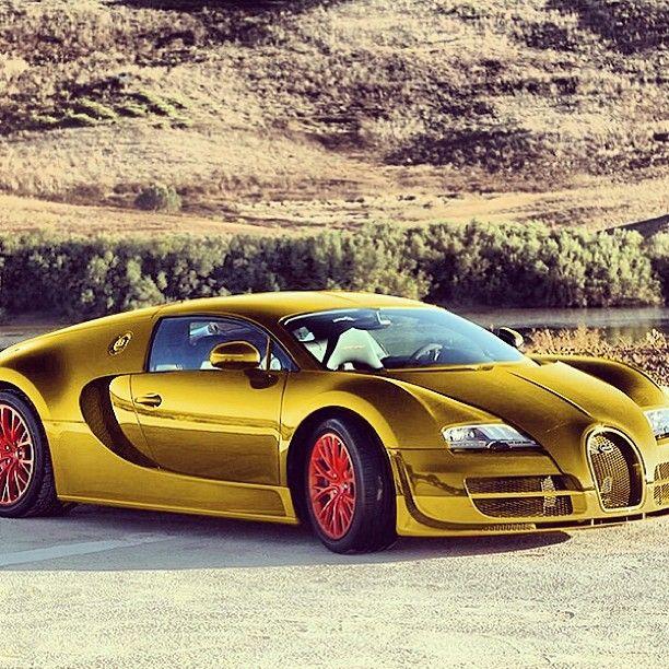 Gold Bugatti Veyron Super Sport