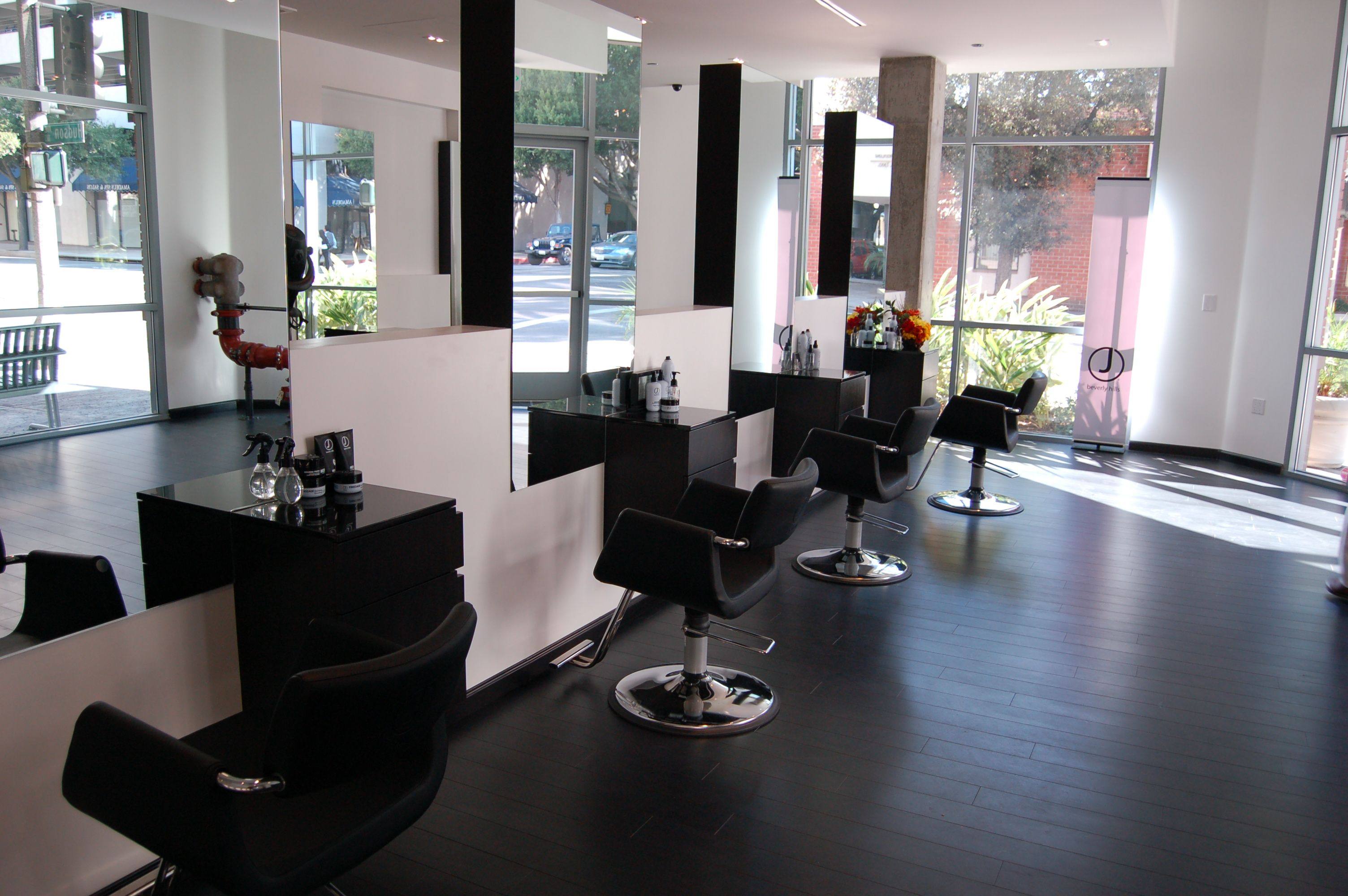 My Sister Is About To Open Up Her New Hair Salon And I Wish Her - The look hair salon