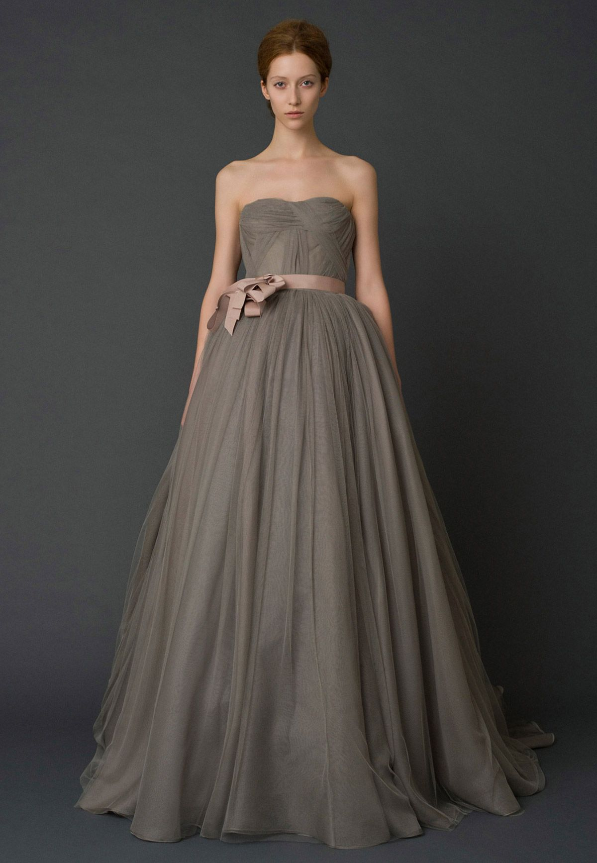 Vera Spring 2017 Bridal Collection If Grey Wedding Dresses Look Like This Sure Why Not