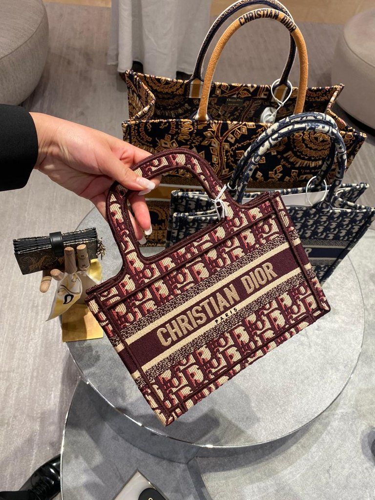 Photo of DIOR MINI BURGUNDY OBLIQUE EMBROIDERED BOOK TOTE
