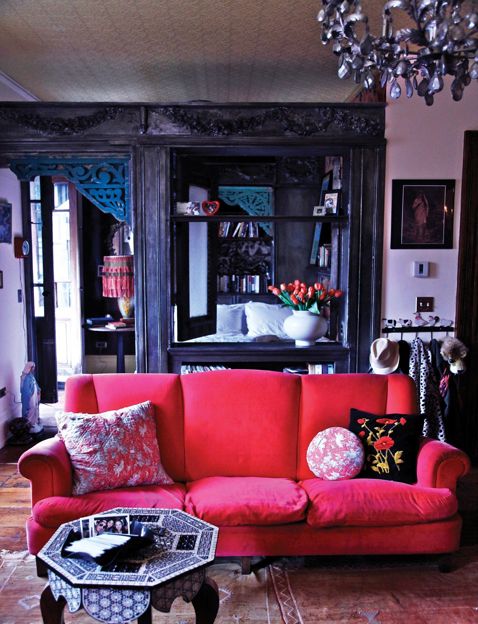 Inside Daring Rooms By Courtney Love, Julianne Moore, And Lena Dunhamu0027s Interior  Designer Of