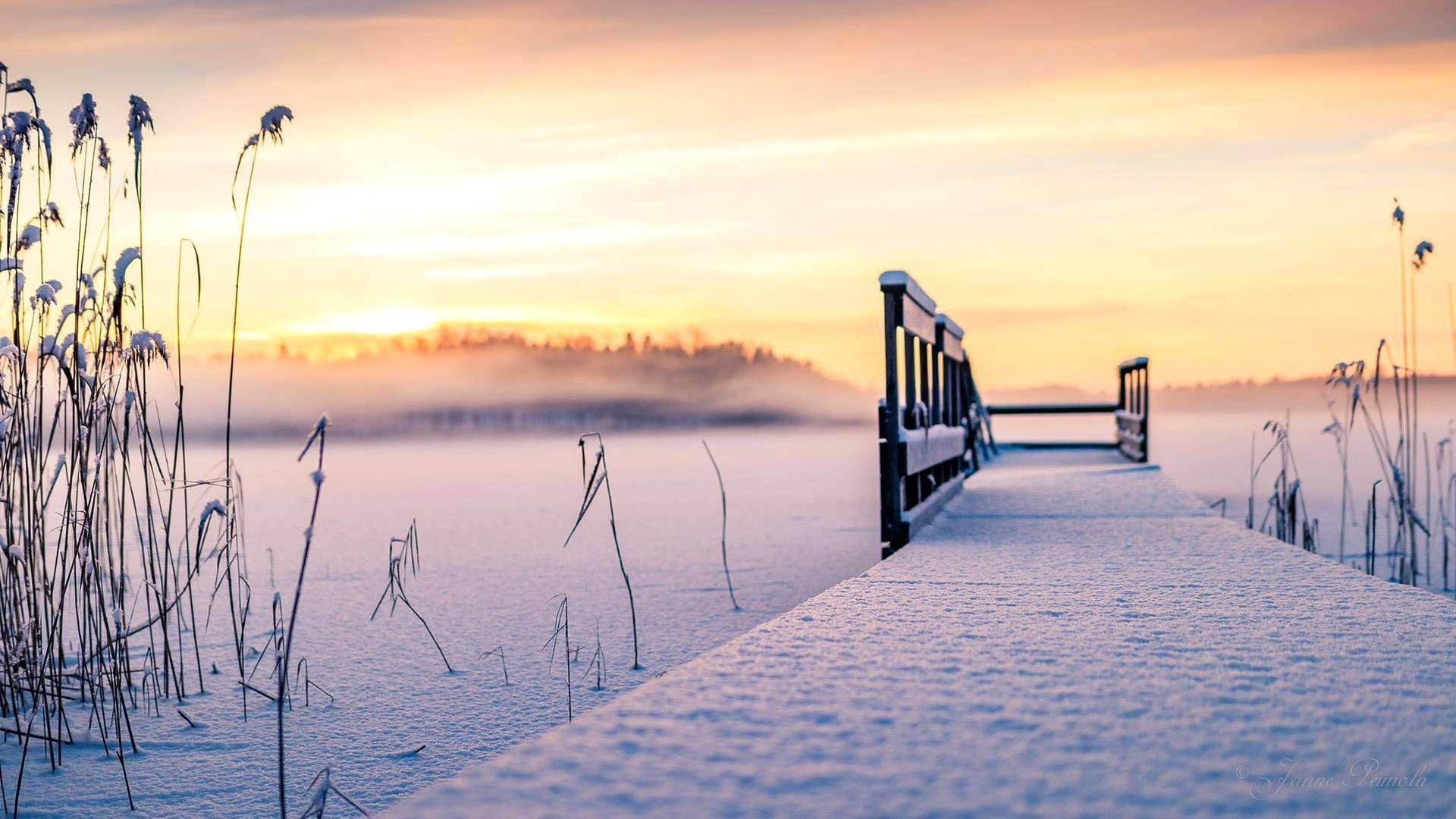 Tänään on ollut mitä parhain sää kuvata suomalaista talvimaisemaa. Lohjalainen Janne Peimola sai epäonnensa ansiosta upean kuvan.