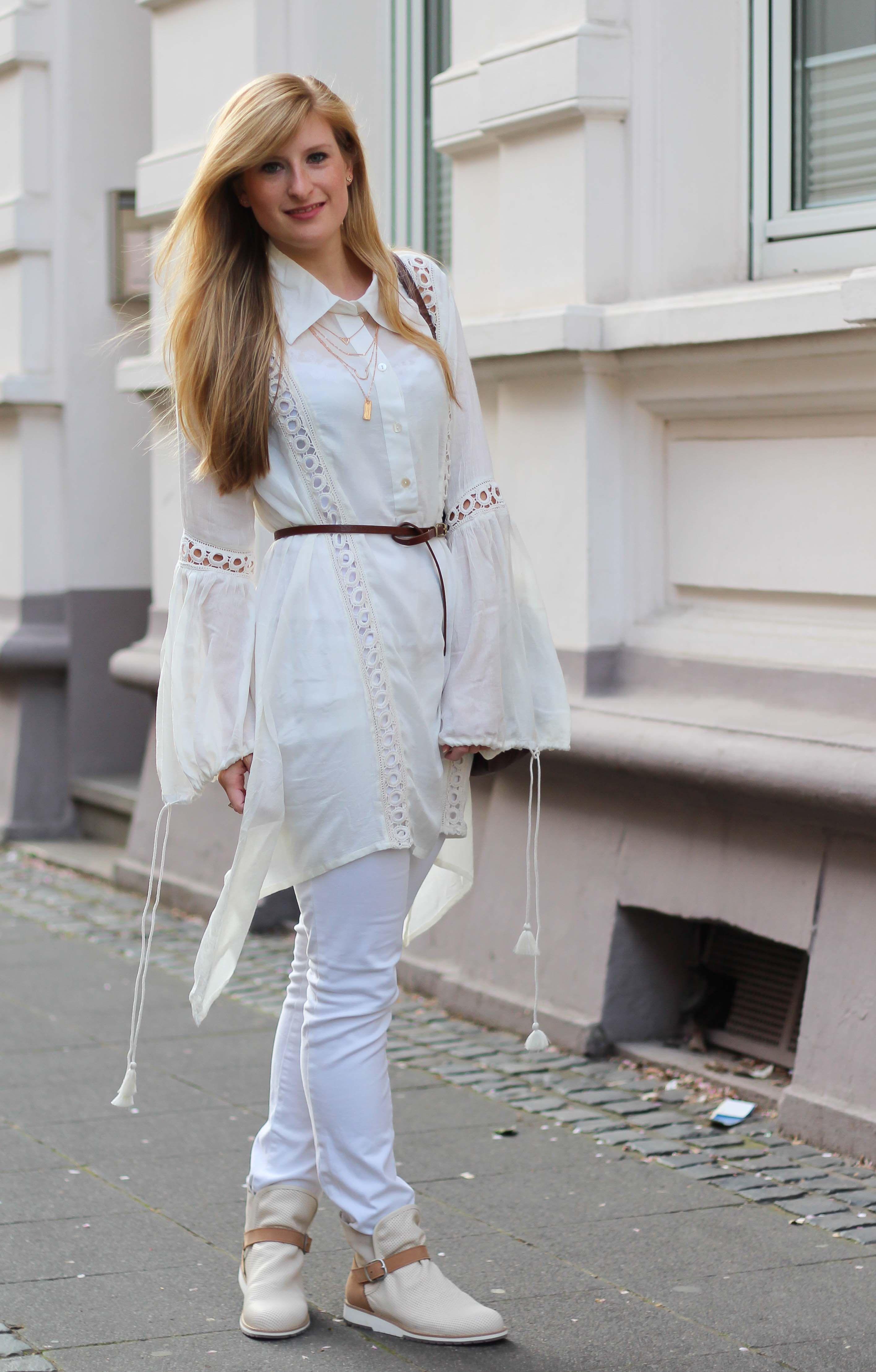Geschicktes Design neues Design Modern und elegant in der Mode All White Outfit – Helle Farben für den Frühling ...