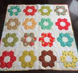 Hexagon Quilt Pattern 20 Designs and Ideasto Sew Your Next Hexie ... : hexagon quilt kit - Adamdwight.com