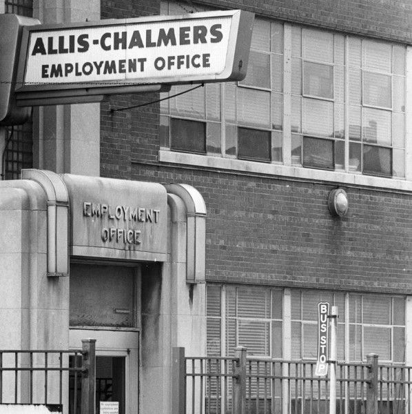 Allis Chalmers Employment Office My Mom And Dad Met Each Other