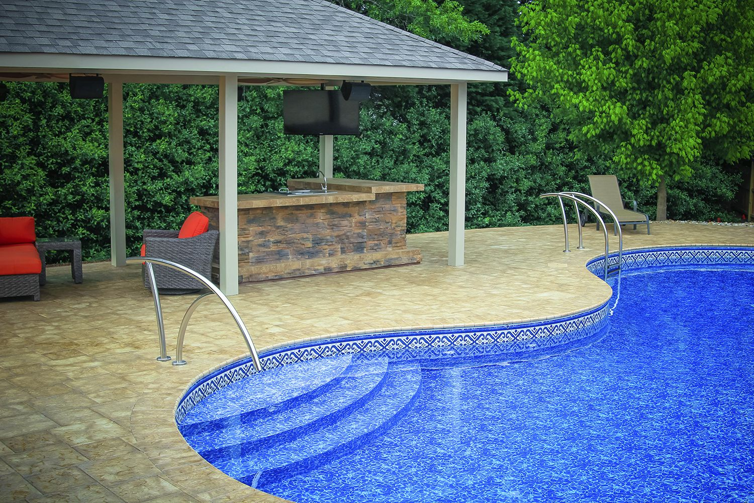 Best Beautiful Artisan Rail And Ladder On This Modern Pool 400 x 300