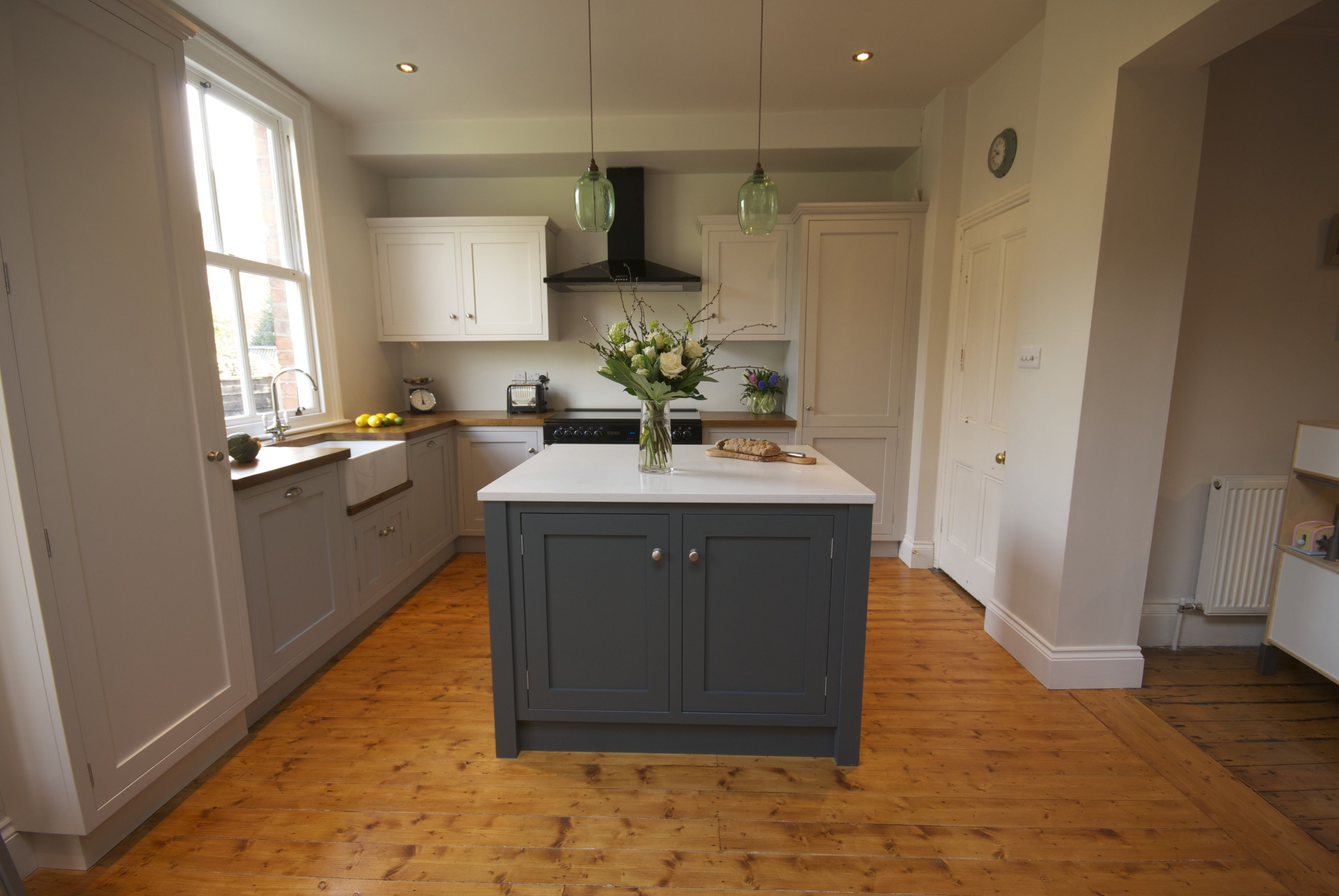 Best Wooden Handmade Kitchen Farrow And Ball Moles Breath And 400 x 300