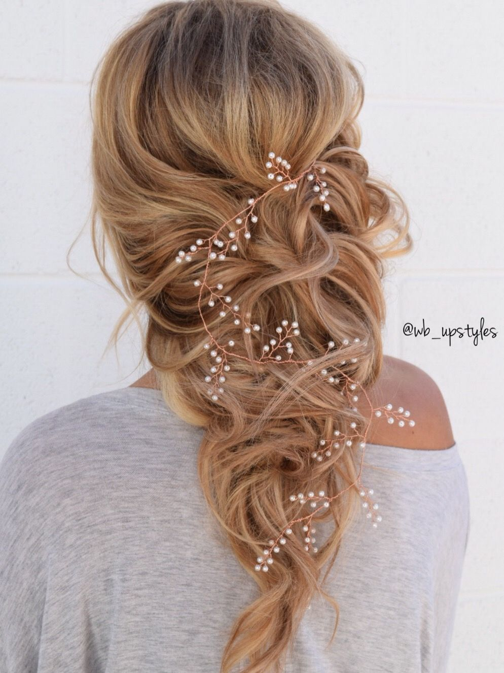 romantic wedding hairstyle. bridal down hairstyle. by whitney at