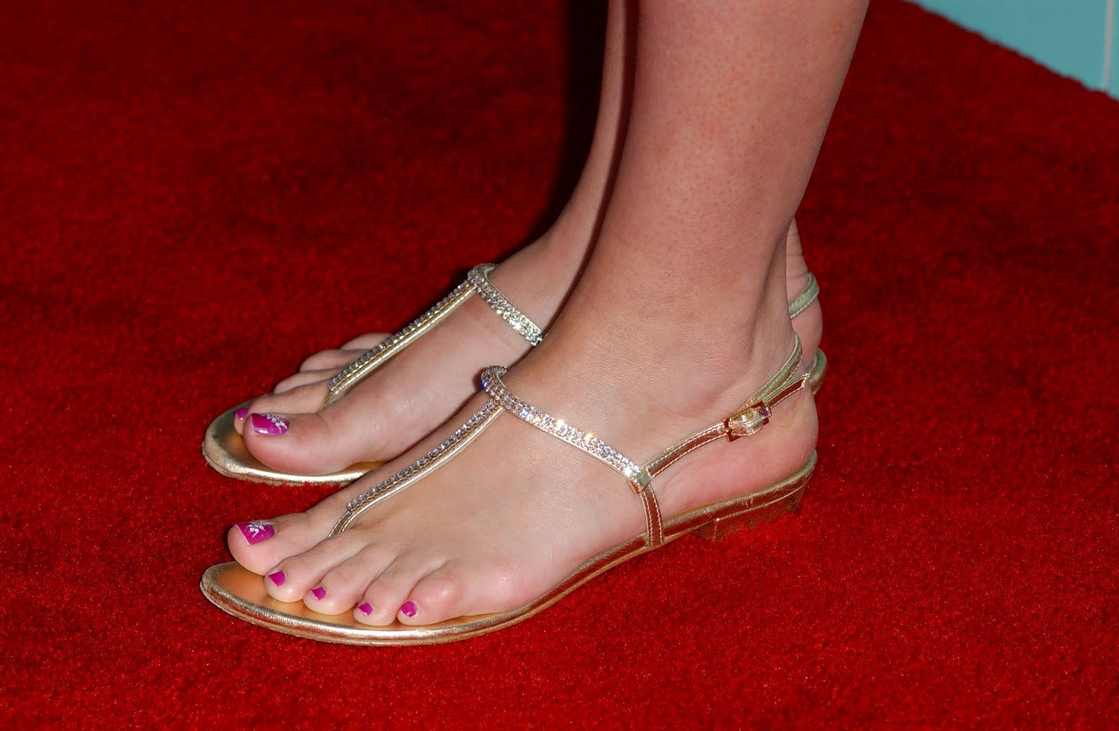 A Celebrity Fetish Website Ranks The Feet Of All ... - UPROXX