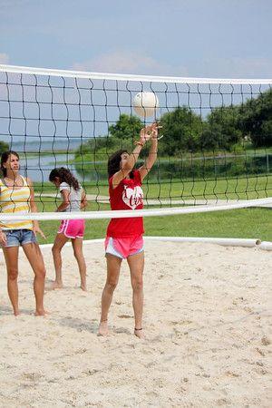 Volleyball De Playa Uno De Nuestros Deportes Favoritos Summer Camp Summer Florida