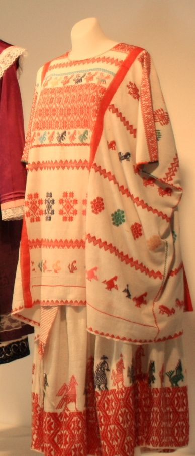 HUIPIL HUAVE TEJIDO EN TELAR DE CINTURA | Textiles | Pinterest