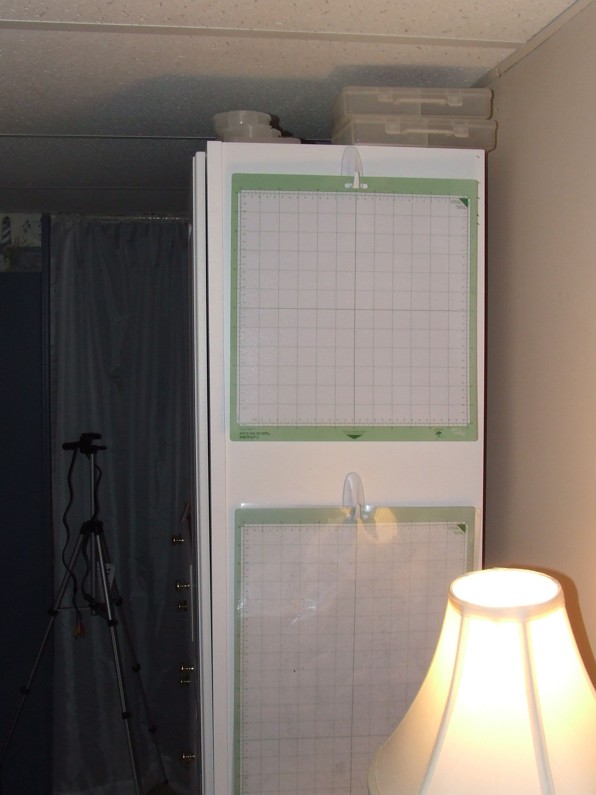 This Is How I Store My Cricut Mats 12x12 Imagine Mats 12x24 Bedroom Furniture Layout Craft Room Organisation Craft Room Office