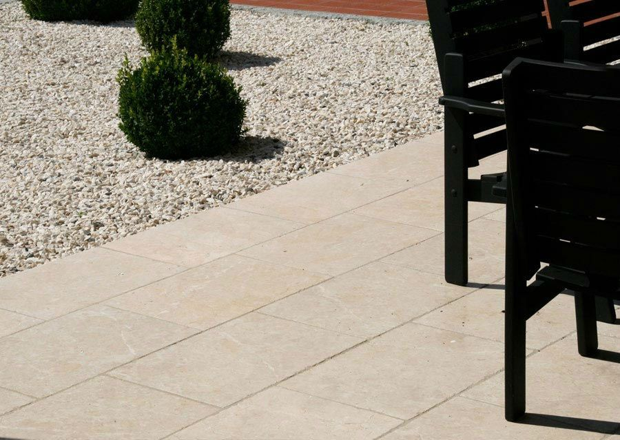 terrassen kalkstein levante crema terrassengestaltung pinterest kalkstein terrasse und. Black Bedroom Furniture Sets. Home Design Ideas
