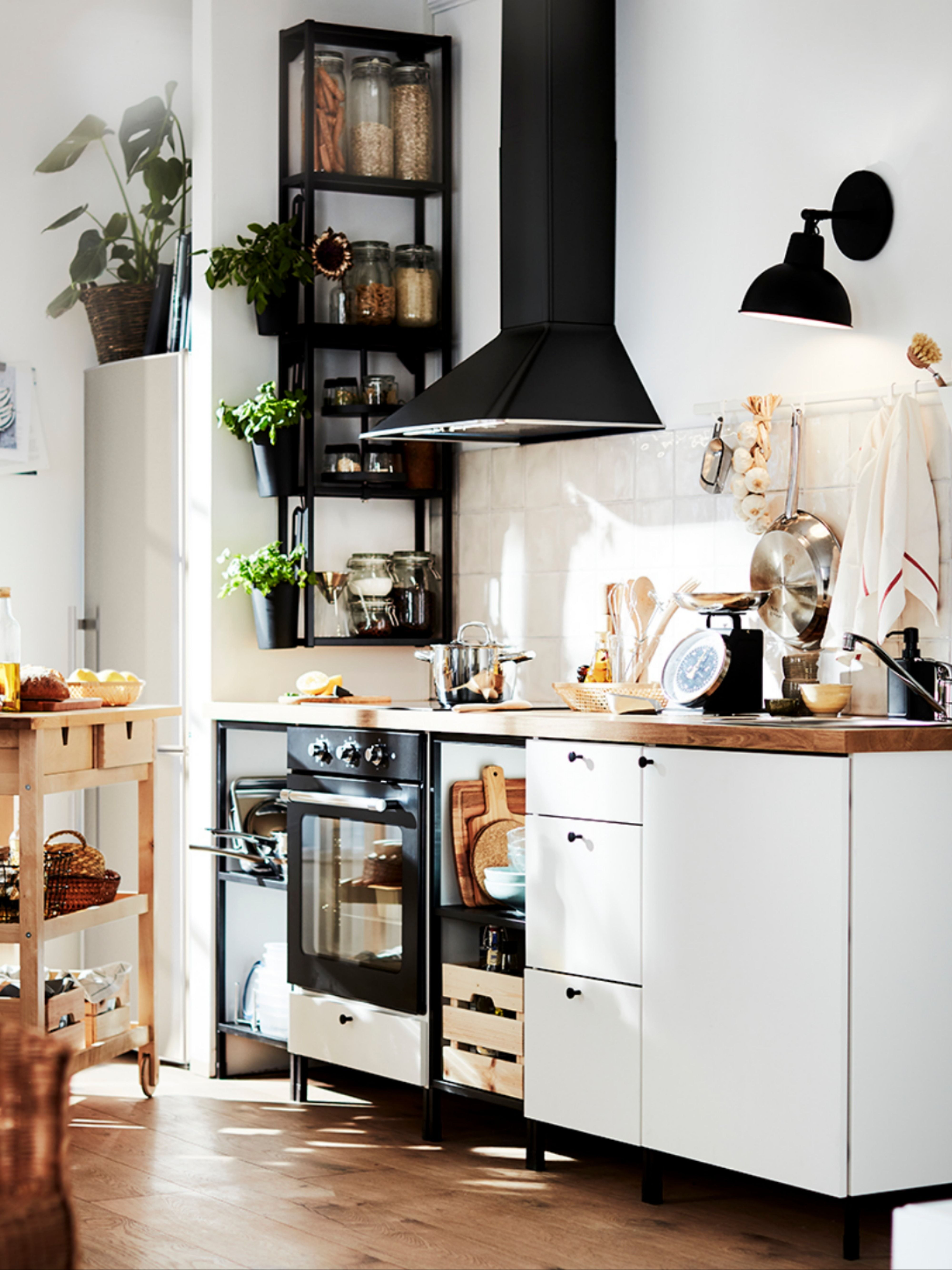 Easy ways to refresh a kitchen on a budget under £1,000
