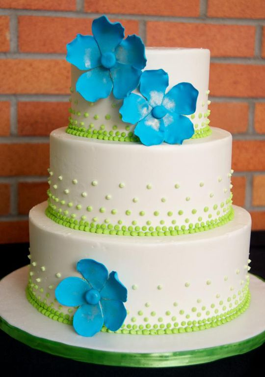 blue and green wedding cake ideas blue and green wedding on blue green weddings 11947