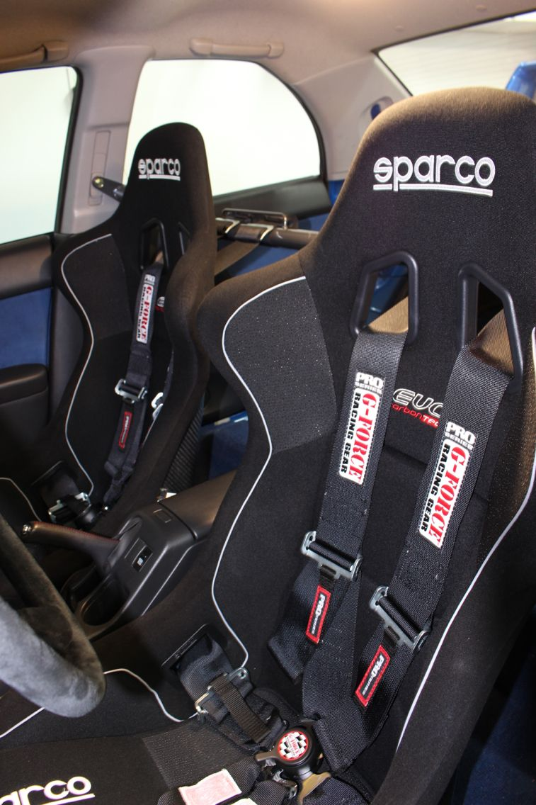 G-Force harness on sparco Evo seat ...
