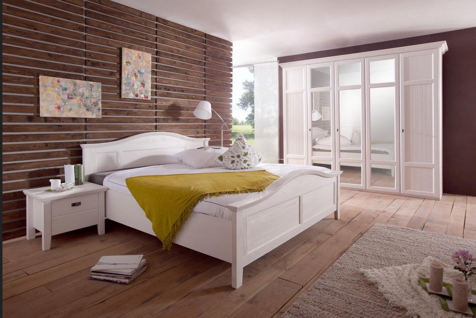 Schlafzimmer-malta-Das-Bett-aus-Holz-der-Weymouthskiefer ...