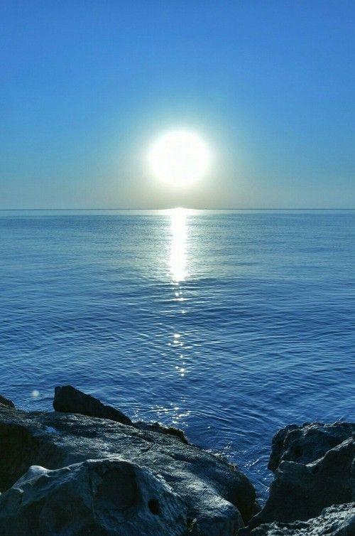 Sunrise-Sun-Ocean-Sea-Water-Rocks-Summer-Shiwi