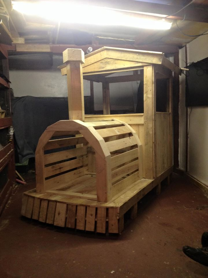 eb5d21d473166a068ca3f24639318574 Pallet Playhouse Building Plans on playhouse and swing set plans, potting bench plans, diy outdoor pizza oven plans, playhouse on stilts plans, playhouse construction plans, pirate ship playhouse swing plans, castle playhouses building plans, clubhouse swing set plans, rabbit hutch plans,