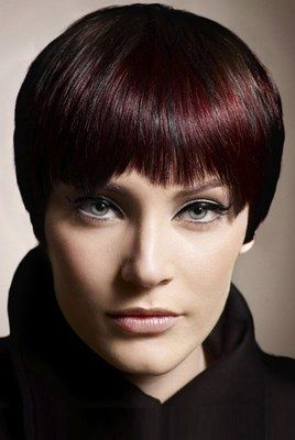 Weiblicher Topfschnitt Rene Furterer Frisuren Trends Haircut