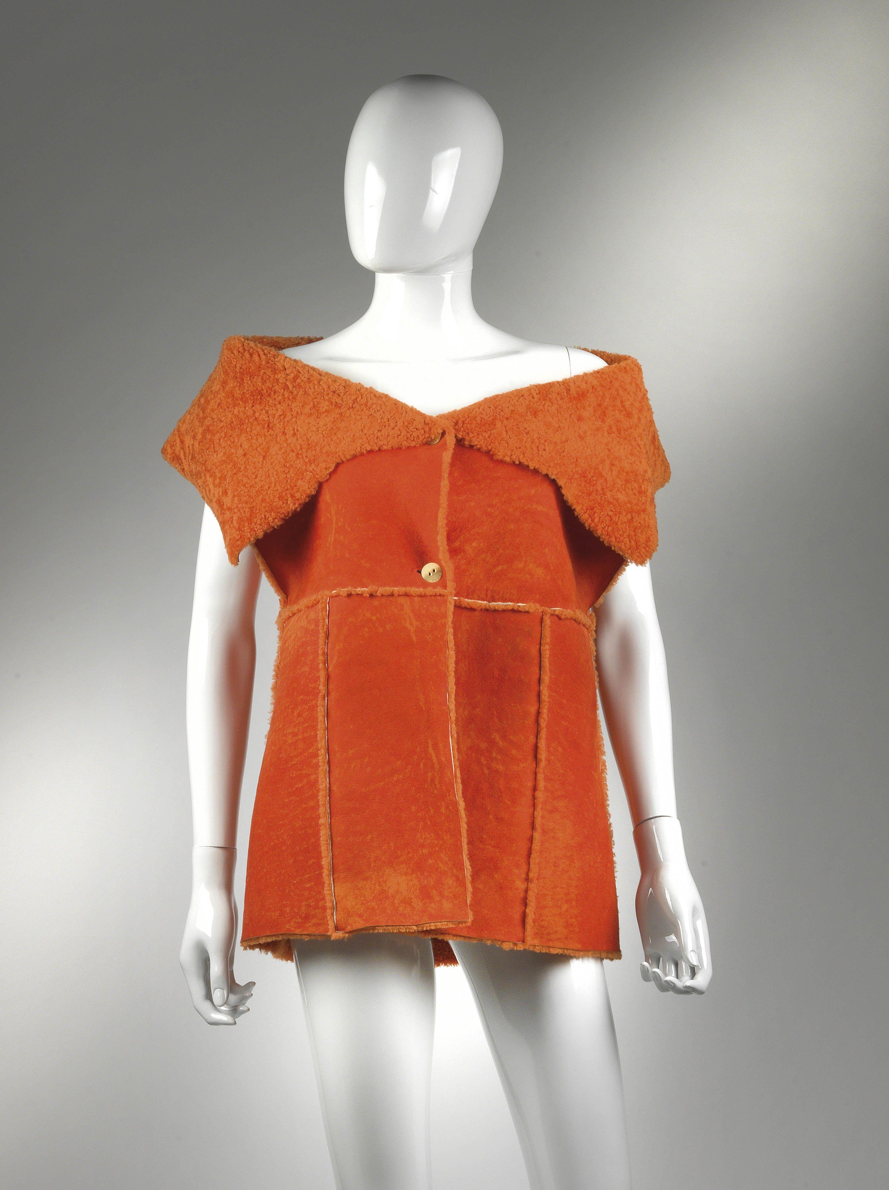 Chanel Auktion Lot 61: Chanel Ledergilet aus der Autumn Collection 2000, Chanel Identification, Größe 40