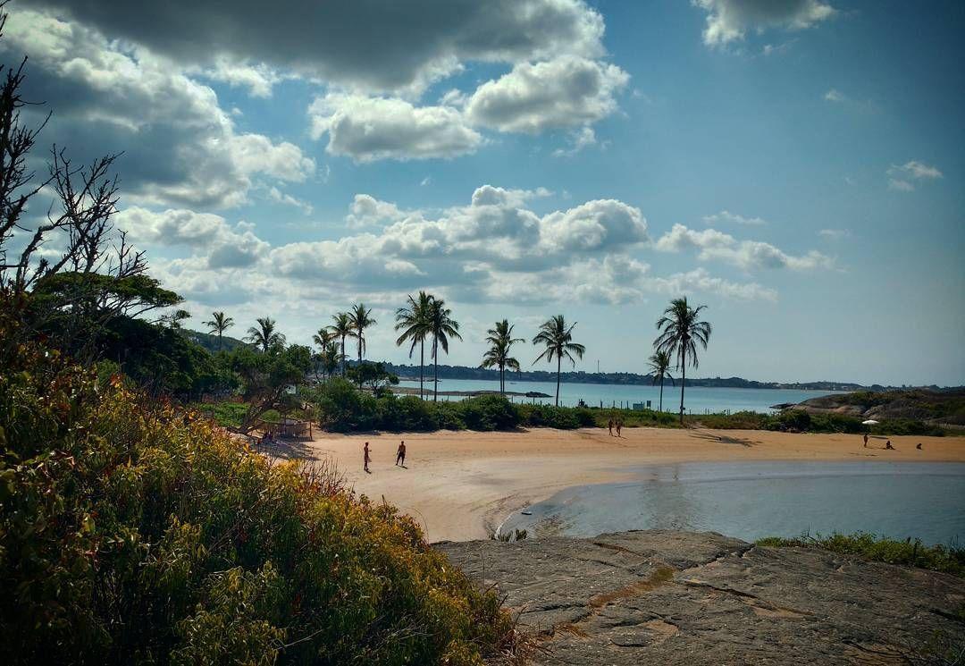 #viverbemporai #trespraias #guarapari #amorS2es #beach #domingando #belezasdocaminho #momentooff #blogcapixaba #capixabadagema #soulcapixaba #desviantes  #ig_espiritosanto  #espiritosantowalk #rota027 #capixabanaestrada #euamoES #vibepositivamundo #capixabanato #pagevibe #nature_perfection #gentedomeuBrasil #igersnature #descubraoES #espiritocapixaba #orgulhocapixaba #capixabismo #belezasdanossaterra_es by mikelipayer