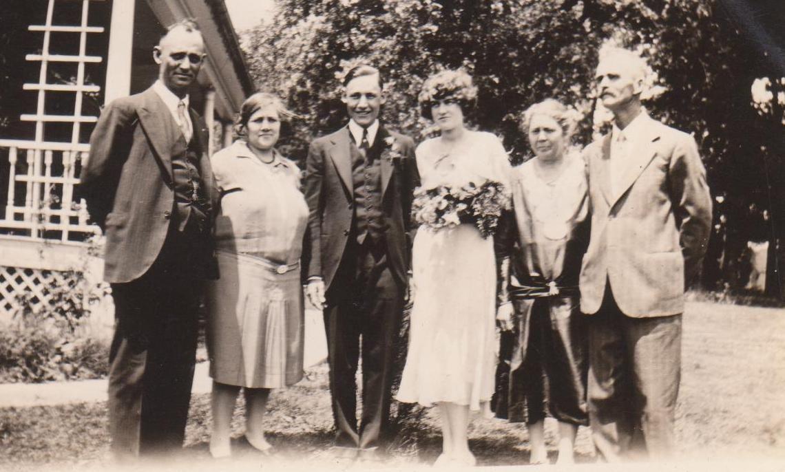 wedding w parents Lettering, Image, Nebraska