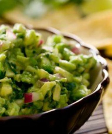 Skinny Guacamole: A secret ingredient in this recipe cuts the calories and fat of every serving--and adds a special fresh flavor! | via @SparkPeople #food #appetizer #dip #avocado