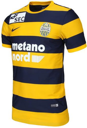 The new Hellas Verona 2016-2017 kit introduces a classy design. Camisetas  De Equipo 969b6edb2ff31