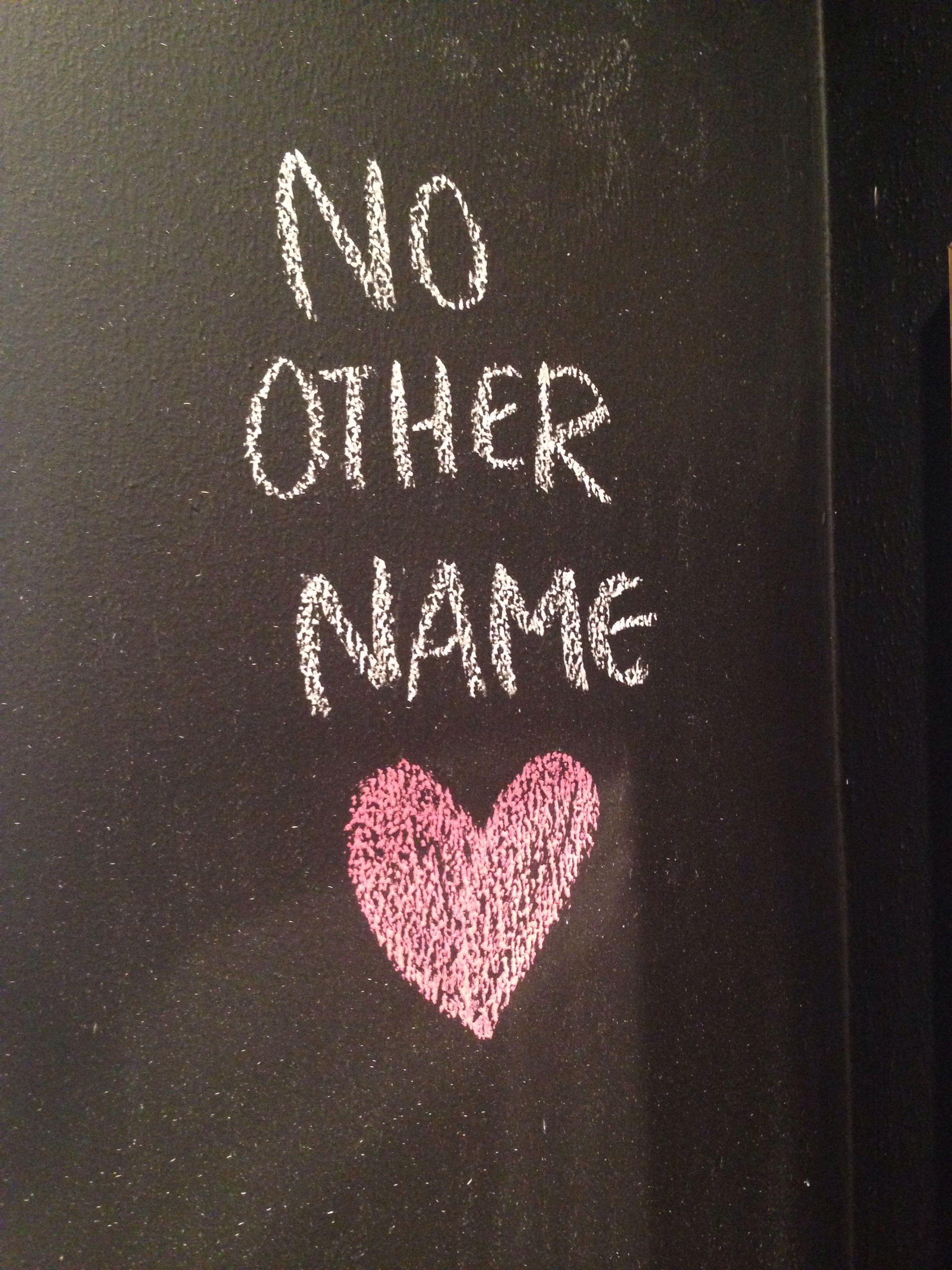 porque no hay otro nombre bajo del cielo, dado a los hombres, en que se pueda ser salvos.