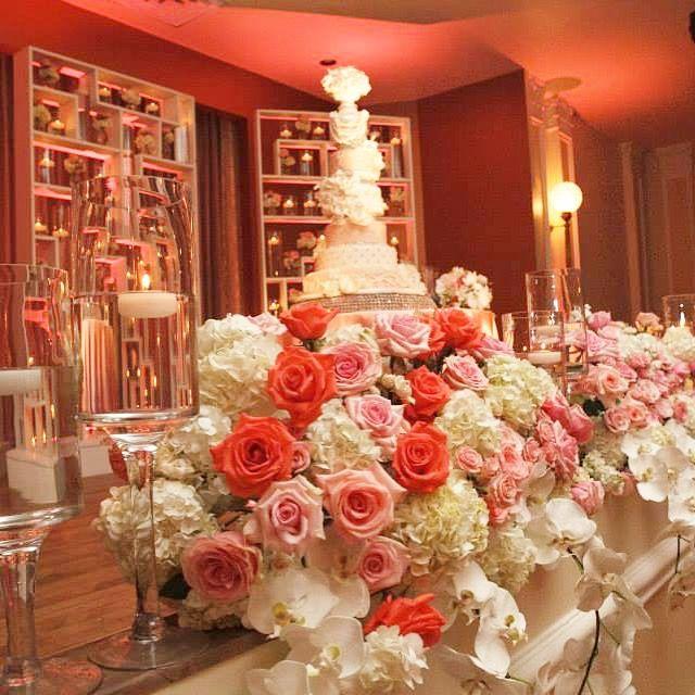 Stunning masterpiece!!! #weddingcake #luxurywedding