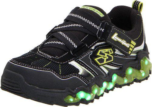 Skechers Nova-Wave Sneaker (Little Kid)