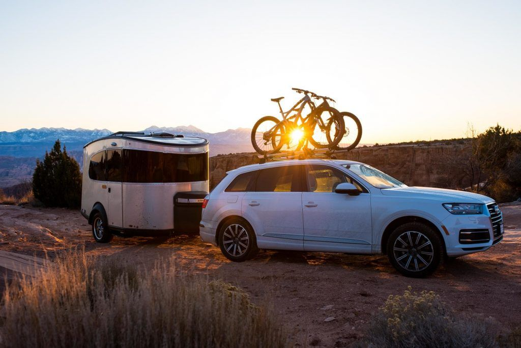 Best Midsize SUV for Towing a Travel Trailer Best