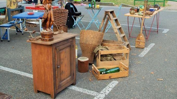 4 astuces pour trouver des meubles pas chers conomies d 39 argent meuble pas cher mobilier - Trouver des meubles de salon pour vous ...