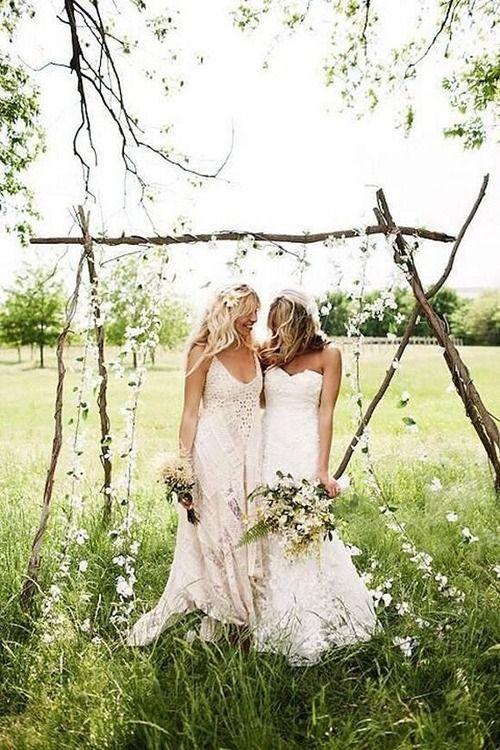 beautiful bohemian lesbian wedding