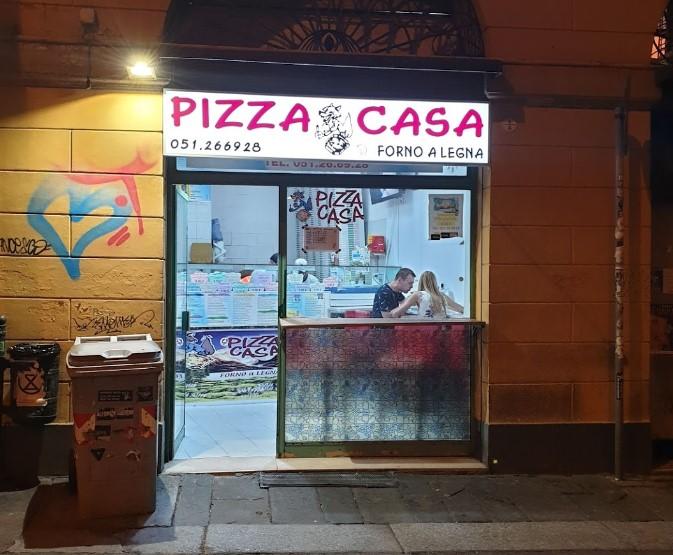 Eger Pizzami Alayim Gideyim Otel De Konaklama Yaptiginiz Apartmanda Yiyeyim Derseniz Via Marseladaki Casa Pizza Tam Size Gore 5 Dakikada Bologna Geziler Pizza