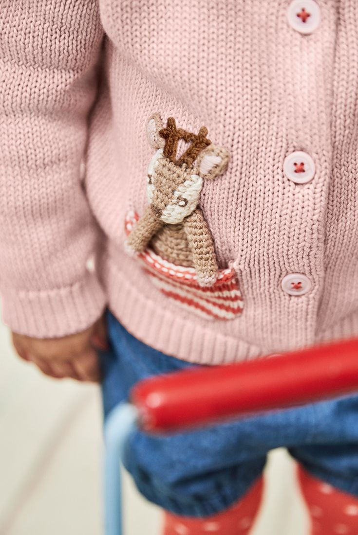 aa77fd876b We think you ll be bursting with excitement over this extra-special  cardigan for your little one. We ve knitted a 3D friend into the pocket
