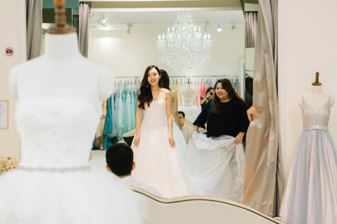 This Bride Reveals What Goes On Inside A Gown Boutique | Warehouse ...